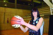 """Miriam Goyache: """"Cada día aprendo algo nuevo de mis compañeras, los entrenamientos y la competición""""."""