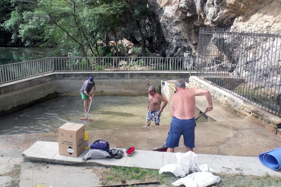 Precio piscina agua salada awesome qu es mejor para la - Sal para piscinas precio ...