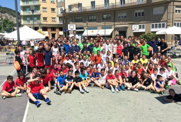 Festival de baloncesto en la plaza de la Coronación