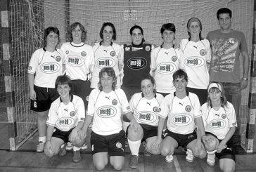Las chicas de Área 99, campeonas de su grupo en la 1ª fase