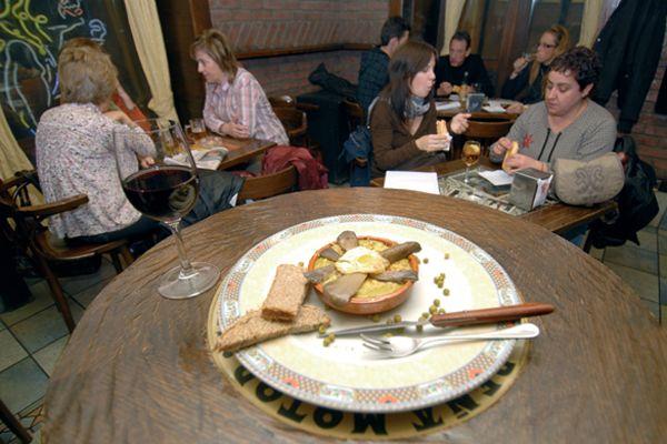 El vino y las cazuelicas pusieron el ingrediente ecológico en Estella