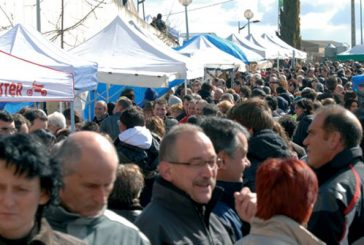 Arróniz rindió tributo al aceite en el Día de la Tostada