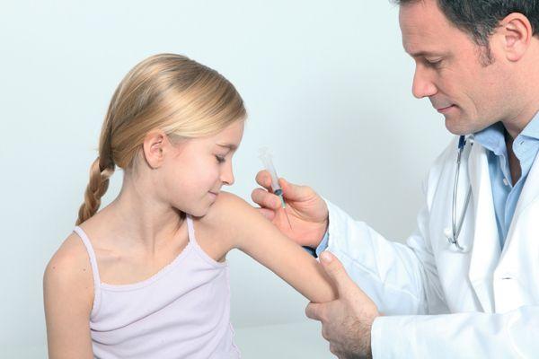 Arranca la campaña de vacunación contra la gripe y la neumonía