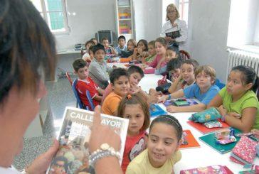 Alumnos de Santa Ana 'estudian' la revista Calle Mayor