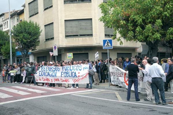 Una marcha en contra de los recortes en Educación