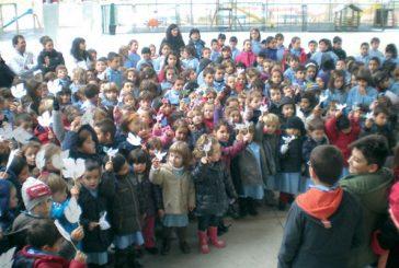 Los escolares celebraron el Día de la No Violencia y la Paz