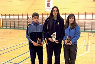 Cuatro medallas para los jugadores del Bádminton Estella