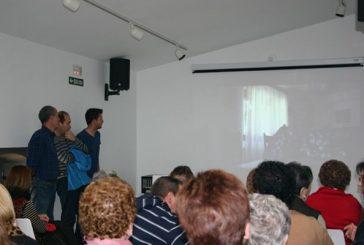 Cirauqui acogió la presentación del documental 'Val de Mañeru, tejiendo valle'