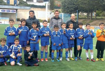 El Benjamín D del CD. Izarra se programa campeón de liga de Fútbol 8
