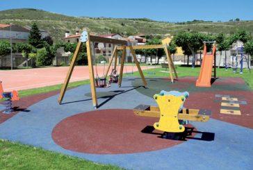 Arróniz estrena campo de futbito, parque infantil y espacio biosaludable