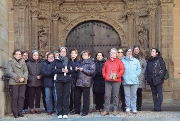 Concentración en Los Arcos contra la violencia de género