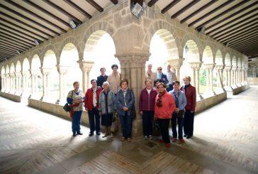 ASOCIACIONES – Grupo de voluntarios de San Pedro – Al servicio del visitante y del patrimonio estellés