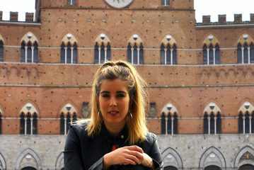 """TIERRA ESTELLA GLOBAL – Andrea Llombart – Siena. """"Para una estudiante de Historia del Arte es una suerte pasear por estas calles"""""""