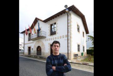 """NUESTROS ALCALDES – Ramiro Urra Markotegi – Valle de Yerri – """"Vemos el presente del  valle con posibilidades"""""""