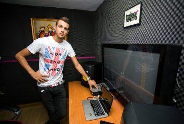 """PRIMER PLANO – Héktor Ezkurra – Productor digital y DJ – """"Me gusta hacer bailar a la gente"""""""