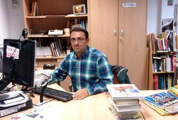 """PRIMER PLANO – Iñaki Suso – Bibliotecario – """"Las bibliotecas ya no son  una 'caja de libros', sino  un lugar de encuentro"""""""