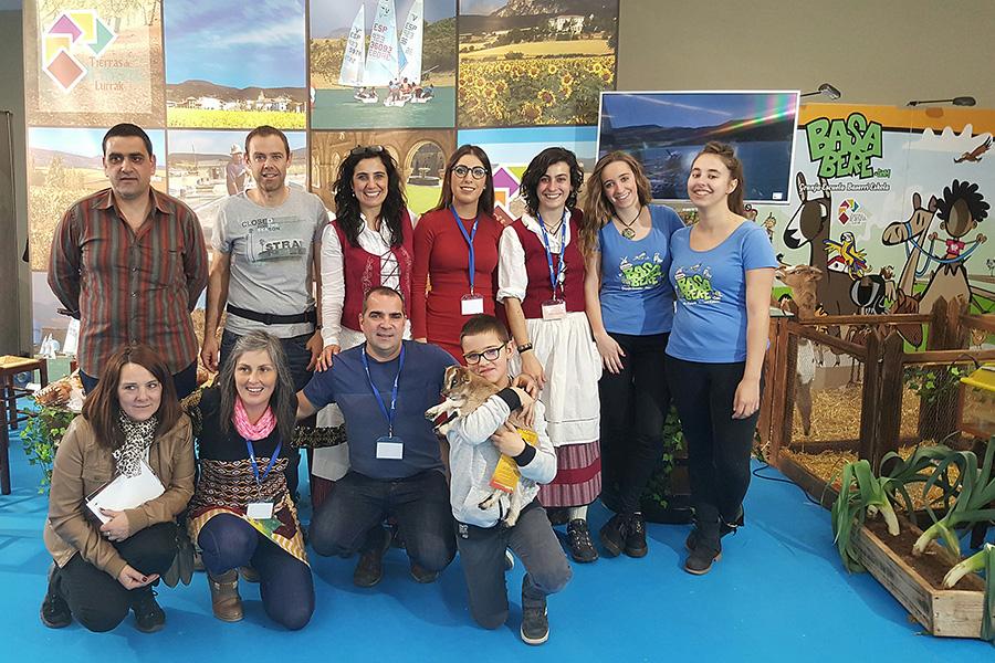 Miembros de Tierras de Iranzu en Sevatur.
