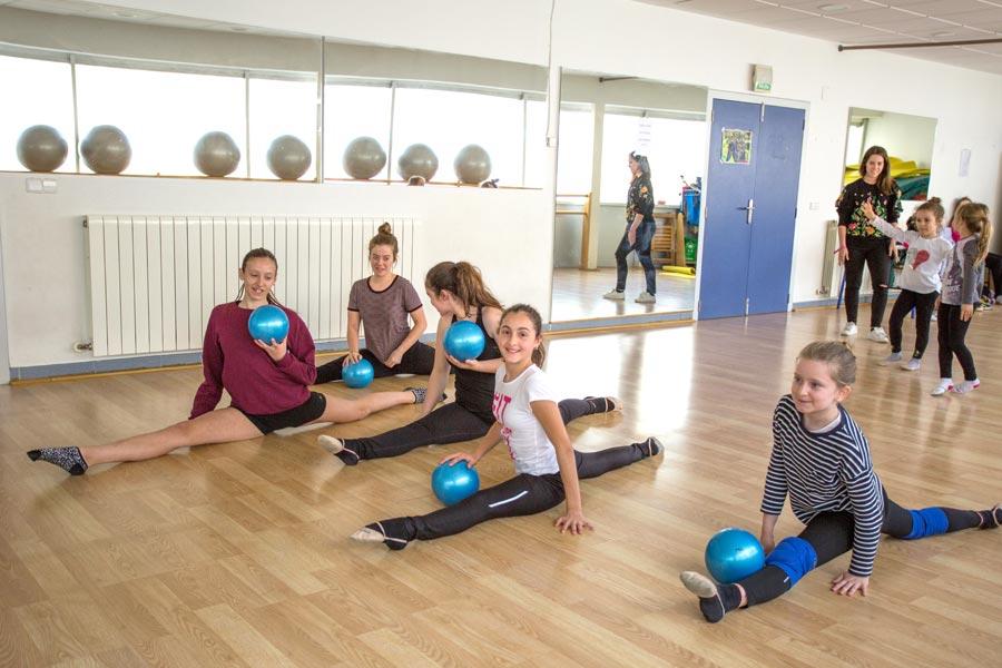 ASOCIACIONES – Club Lirena – Pasión por divulgar la gimnasia rítmica
