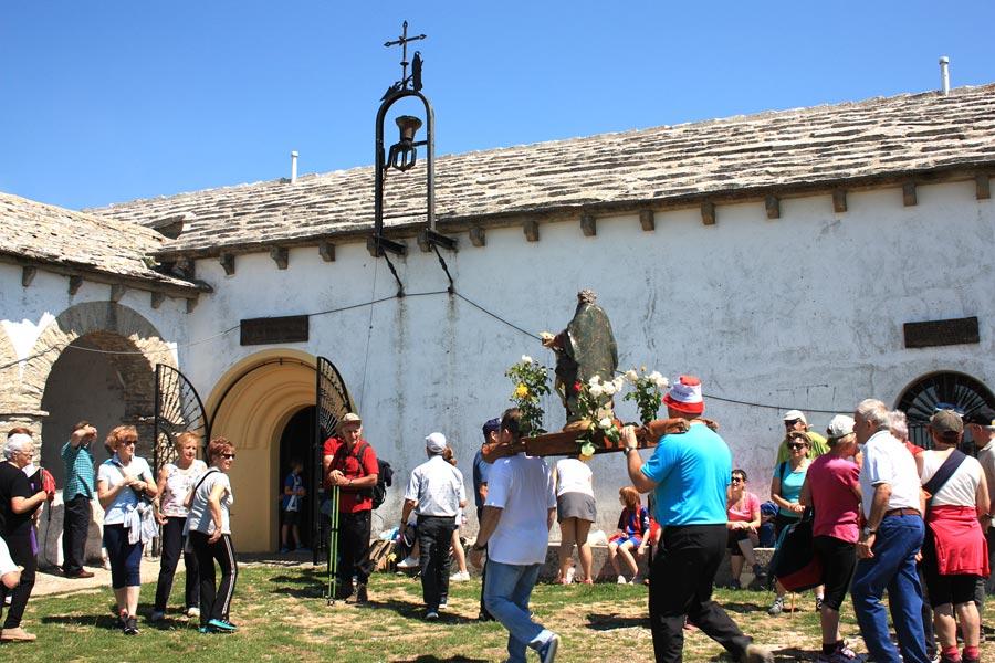 La Trinidad de Iturgoyen reunió a cientos de cofrades y visitantes