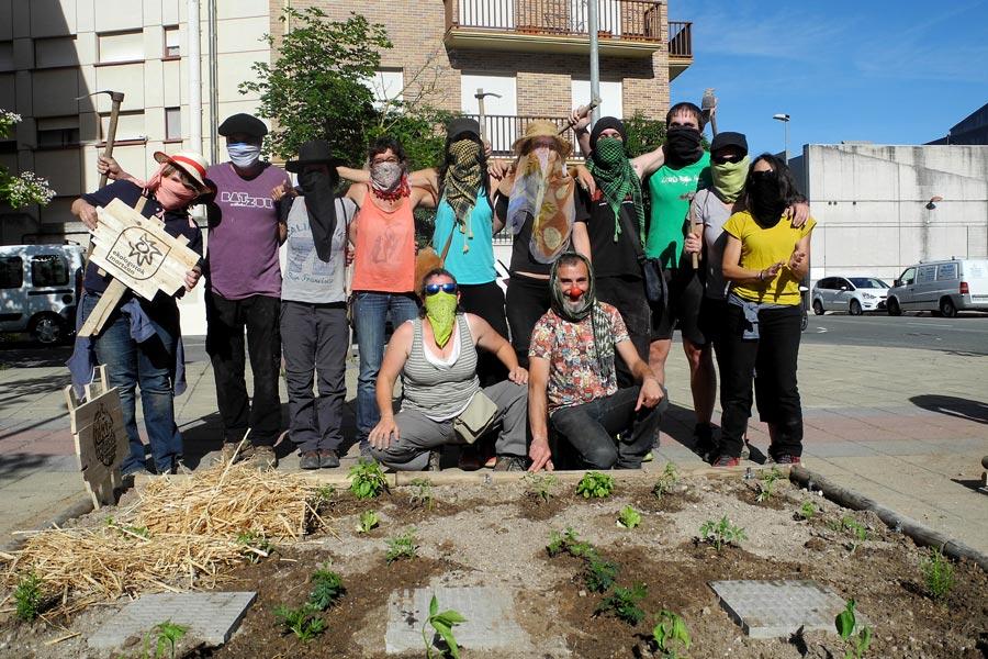 El comando Borraja convirtió jardines en huertos