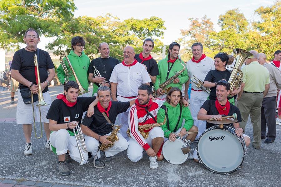 ASOCIACIONES – La Txaranguika – 25 años dedicados a la música