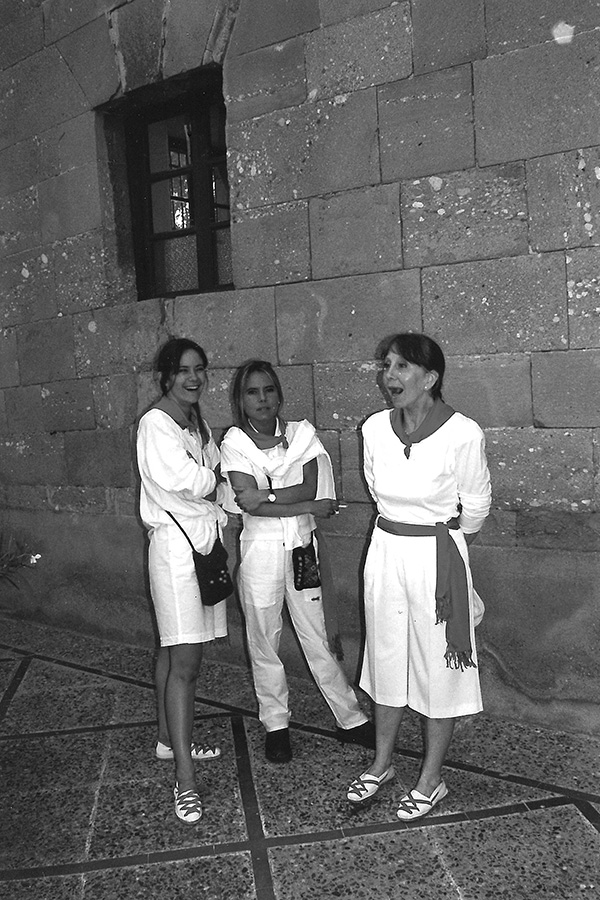 Las fiestas del recuerdo revista calle mayor for Calle loreto prado y enrique chicote 13