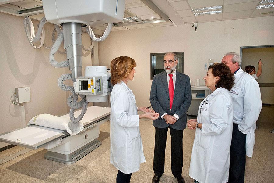 El hospital García Orcoyen incorpora un mamógrafo y un equipo de rayos x