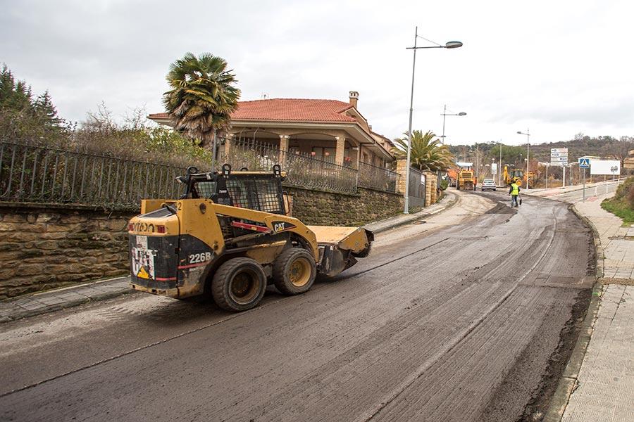 Asfaltado de la carretera de acceso al hospital comarcal