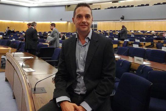 """TIERRA ESTELLA GLOBAL – José Alfonso Esparza – Londres – """"La responsabilidad del traductor es máxima"""""""