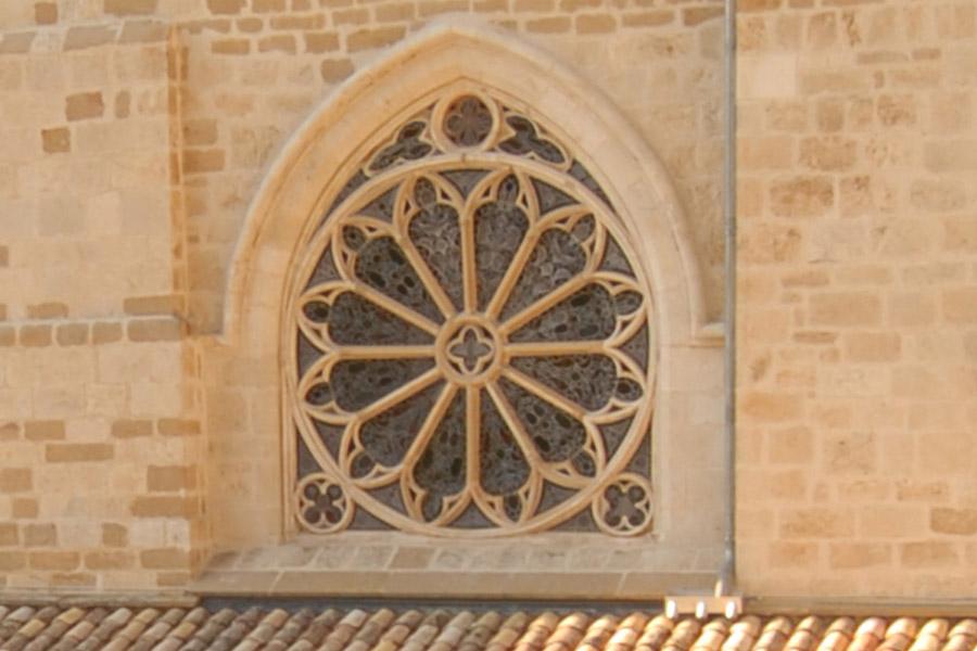 Rosetón del claustro de la iglesia de San Pedro de la Rúa de Estella