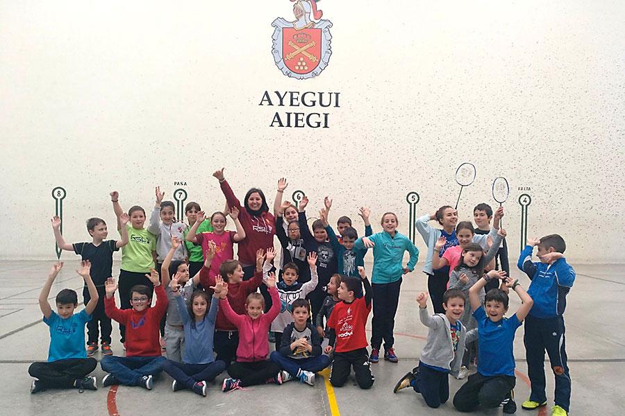Celebradas unas jornadas de promoción del bádminton en el polideportivo San Cipriano de Ayegui