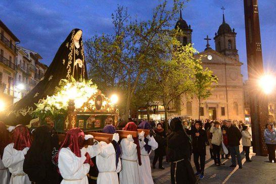 ¿Ayudan las procesiones  al turismo  de Semana Santa?