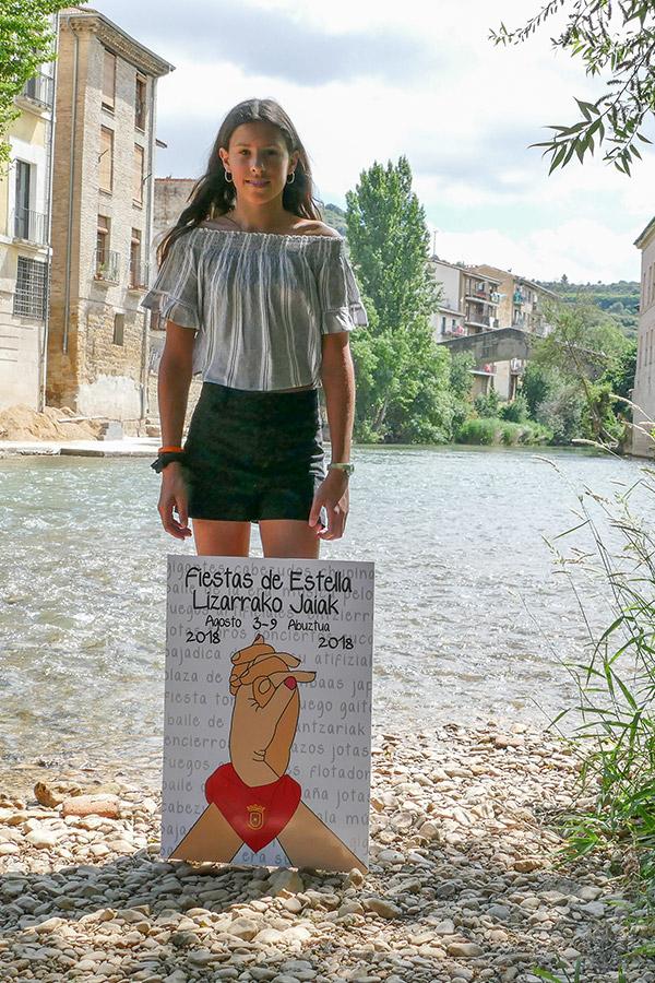 """Sandra Echávarri Balenzategui – Ganadora del cartel en categoría intermedia con 'La fiesta está en tu mano' – """"No sé por qué, pero tuve un presentimiento de que iba a ganar"""""""