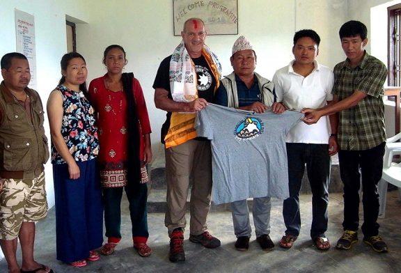 El estellés Julio de Iñigo conoció el proyecto de Sos Himalaya en Nepal