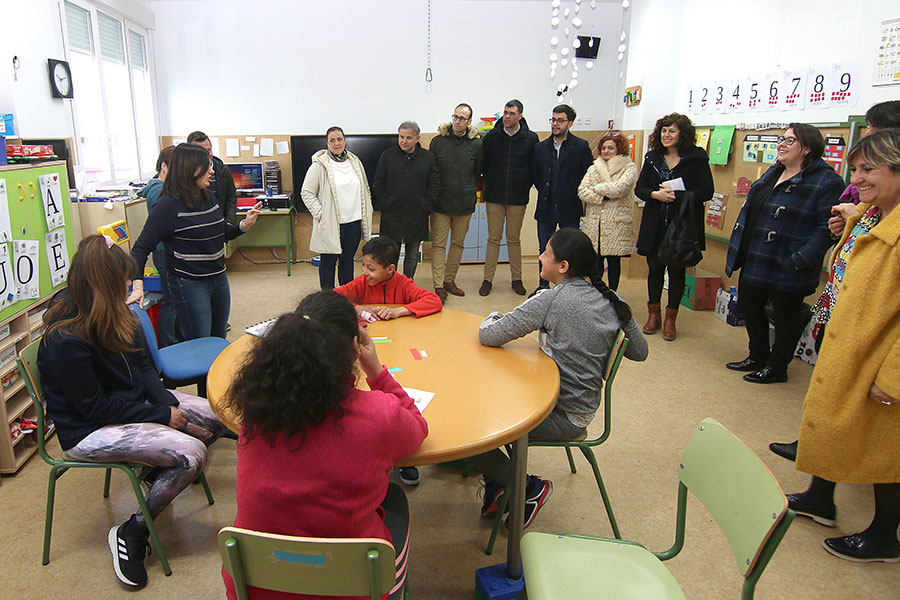 Educación visitó Remontival
