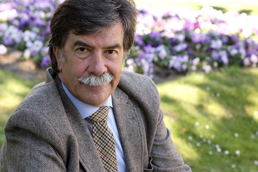 PRIMER PLANO - Javier Urra, psicólogo -