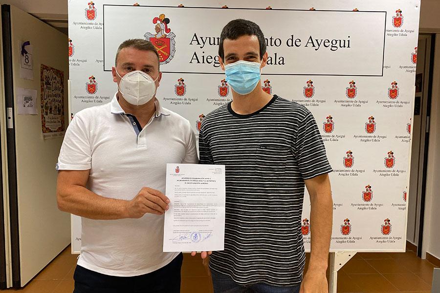 El Ayuntamiento de Ayegui apoya al piloto Ander Valentín en la nueva temporada
